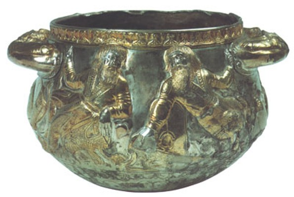 Image - A Scythian gold cup, 4th century BC (Museum of Historical Treasures of Ukraine).