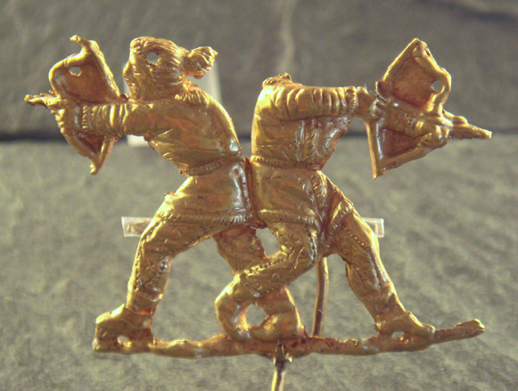 Image - Scythians shooting with bows (gold, Panticapeum, 4th century BC).