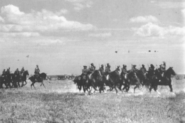 Image - Cavalrymen of the Separate Cavalry Division of the Army of the UNR (November 1920).