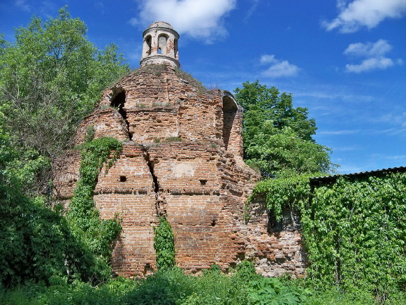 Image -- Sokal: Brigittine nunnery (1624), defensive walls.