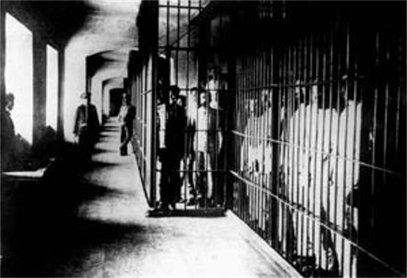 Image -- Prisoners in the Solovets Islands concentration camp.