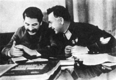 Image - Joseph Stalin and Kliment Voroshilov (December 1935).