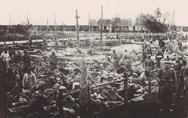 Image - Strzalkow (Poland) internment camp (1921).