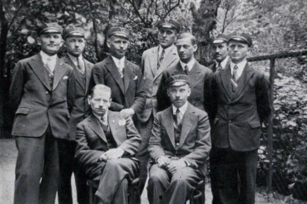 Image - Mykola Stsiborsky with OUN members and student (Danzig 1932).