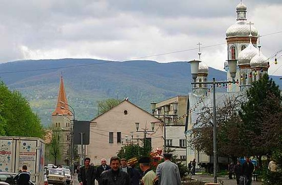 Image -- Svaliava: city center.