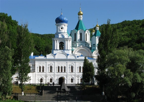 Image - Sviati Hory Dormition Monastery: Church of the Theotokos.