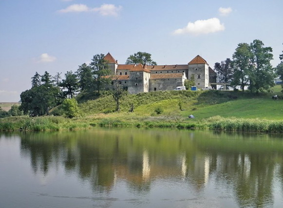 Image - The Svirzh castle in the Opilia Upland.