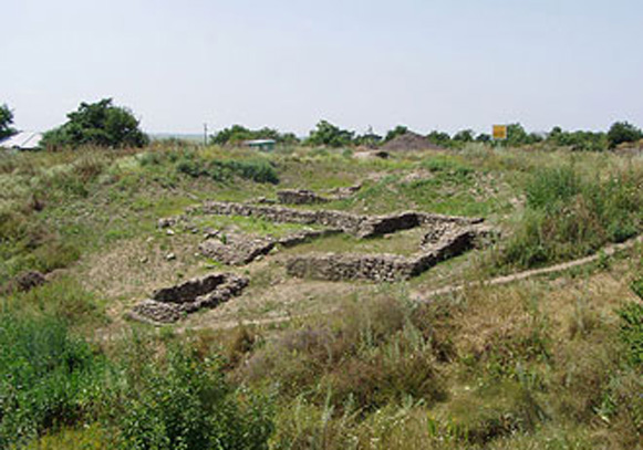 Image - The excavated ruins of the Bosporan city of Tanais at the Don Estuary.