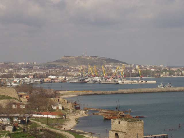 Image - The port of Teodosiia, Crimea.
