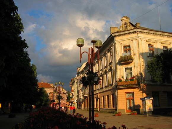 Image - Ternopil (city center).