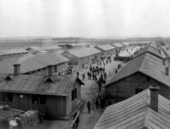 Image - A view of the Thalerhof internment camp (1915).