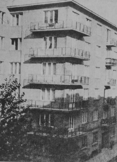 Image -- A building in Cracow where the Ukrainian Central Committee was housed.
