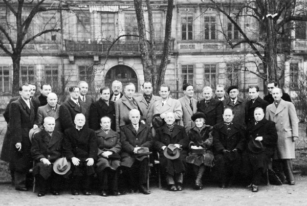 Image - Members of the Ukrainian Students Aid Commission (after general meeting, 1940s).