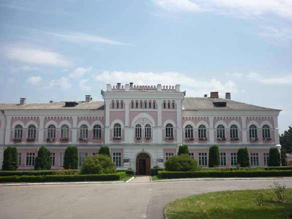 Image - Uman National University of Horticulture (main building).