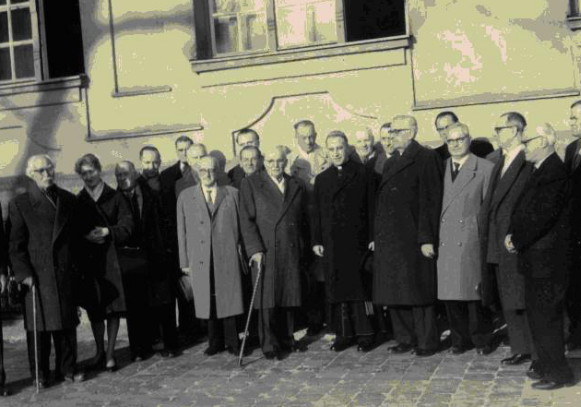 Image - Ukrainian Free University professors in Munich (1960).