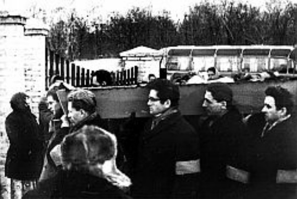 Image - The funeral of Vasyl Symonenko.