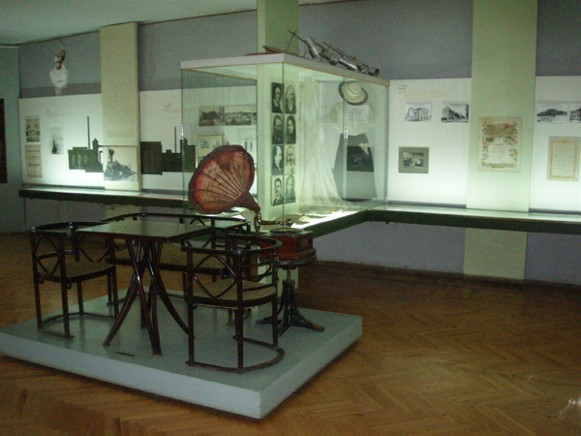 Image - An exposition in the Vinnytsia Regional Studies Museum.