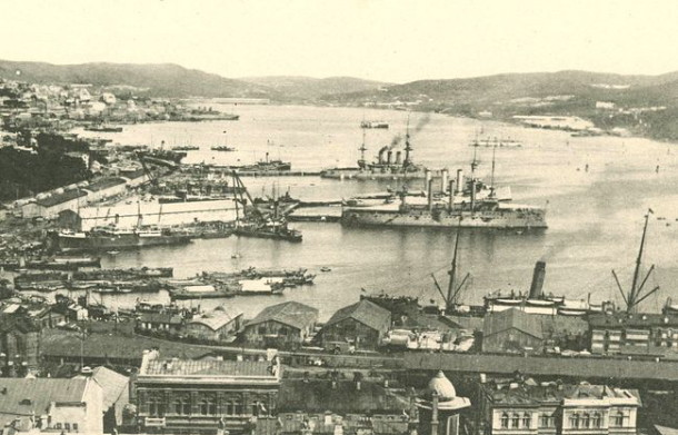 Image - Vladivostok port (early 20th century).