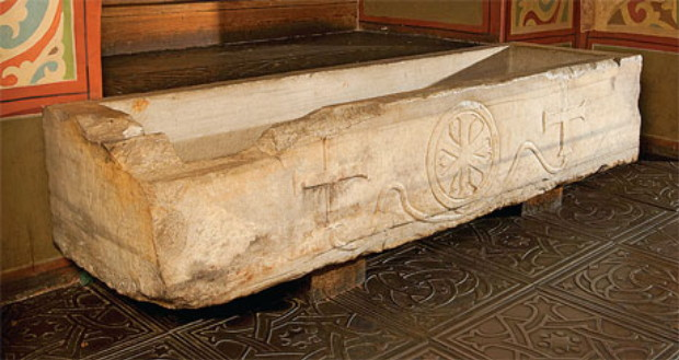 Image - Volodymyr Monomakh's sarcophagus in Saint Sophia Cathedral in Kyiv.