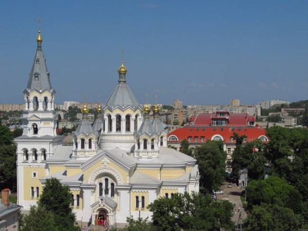 Image - Zhytomyr: citry center with view of the Transfiguration Cathedral.